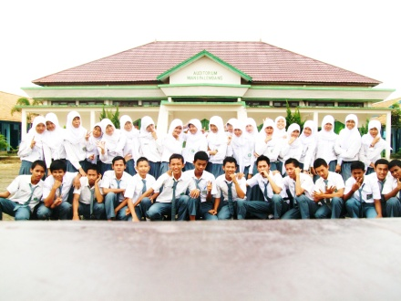 IA2 MAN 1 PALEMBANG THN ANGKATAN 2012